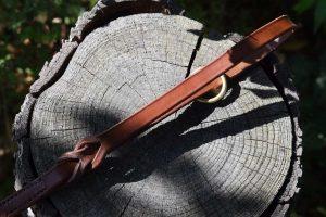 Dettaglio della maniglia del guinzaglio intrecciato da 100 cm largo 16 mm adatto a cani di taglia media.