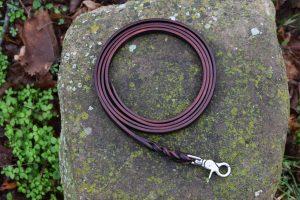 Lunghina da 200 cm con intreccio larga 12 mm adatta a cani di piccola e media taglia.